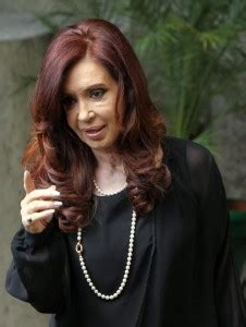 Presidenta de Argentina critica a La Nación y Clarín por ...