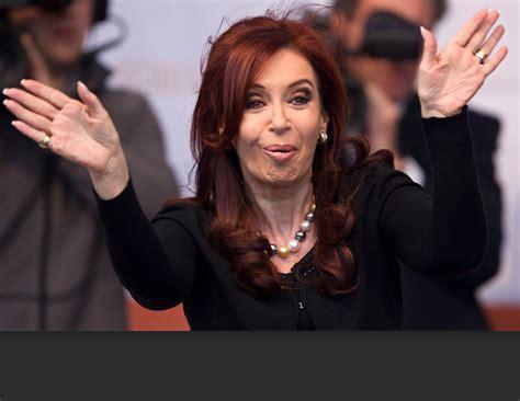 Presidenta de Argentina, imputada por el caso Nisman » Eje ...