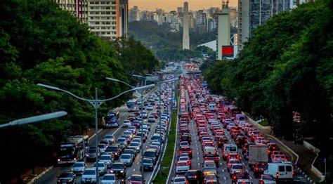 Presos eternamente no congestionamento | Internacional ...