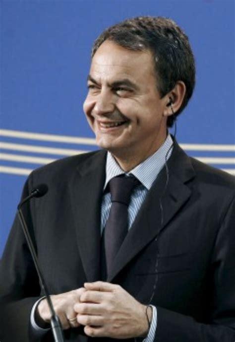 Primer acto de Zapatero con el PSOE tras anunciar los ...