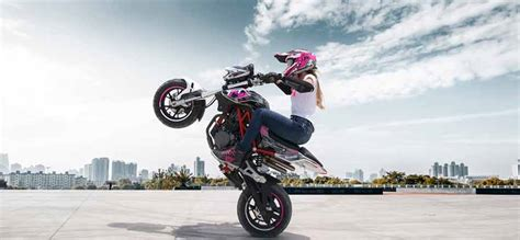 Primera escuela de Acrobacia en Moto: Stunt Academy México ...