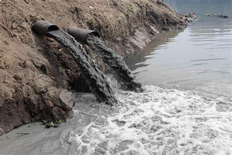 Principales Contaminantes del Agua  Ejemplos