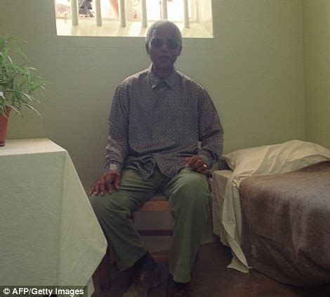 Prisoner To President: 50 Most Inspiring Pictures From ...