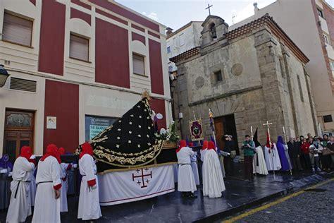 Procesión de la Soledad de María   Sábado Santo   Gijón ...