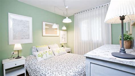 Programa completo   Dormitorio romántico en verde y gris ...