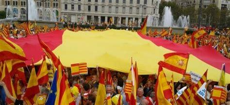 Protestas contra la independencia de Cataluña   Aristegui ...