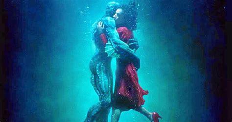 Proyección de  La forma del agua  en el Cine Joven de Lepe