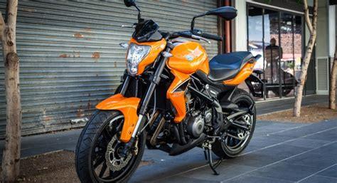 Prueba Benelli BN302   Motosx1000
