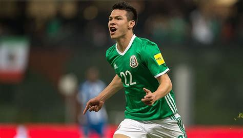 PSV Features 'Chucky' Lozano On His First Days at ...