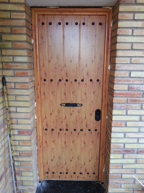 Puerta anti robo de seguridad de entrada a vivienda ...