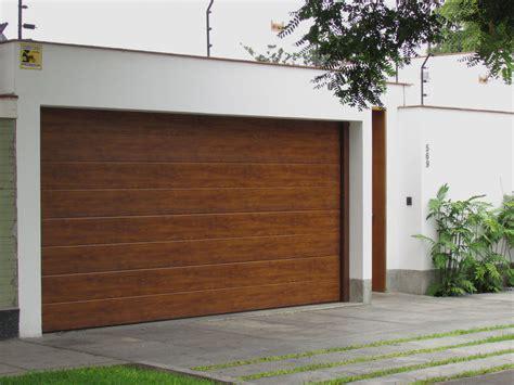 Puerta Seccional de Garaje   Cassadó » Cassadó