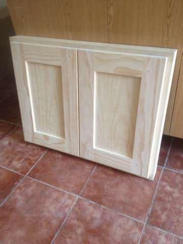 Puertas de cocina de madera de pino | Milanuncios