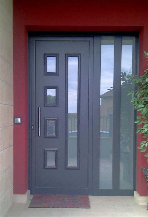 Puertas de entrada de PVC   Soluciones a medida   Indalco PVC