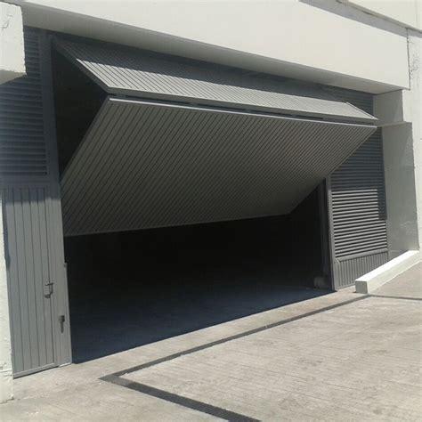 Puertas de Garaje | Cerrajería Fasatec