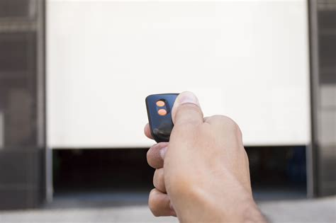 Puertas de garaje: Servicios de Ariete Cerrajeros y ...
