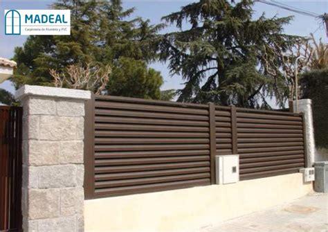 Puertas y vallas para chalets – Materiales de construcción ...