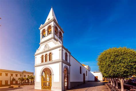 Puerto del Rosario   Inselmetropole, Hafen und Geschäfte ...