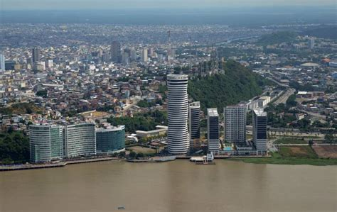 Puerto Santa Ana y Ciudad del Río | Comunidad | Guayaquil ...