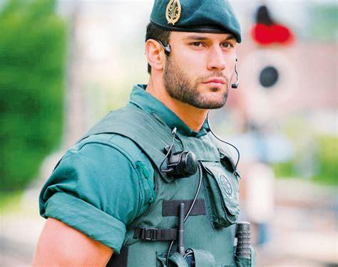 Puesto Principal de La Guardia Civil   DePaseo