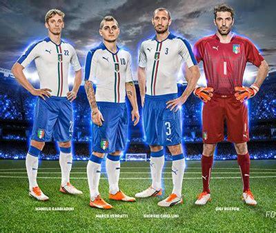 Puma presenta la segunda equipación de la Selección ...