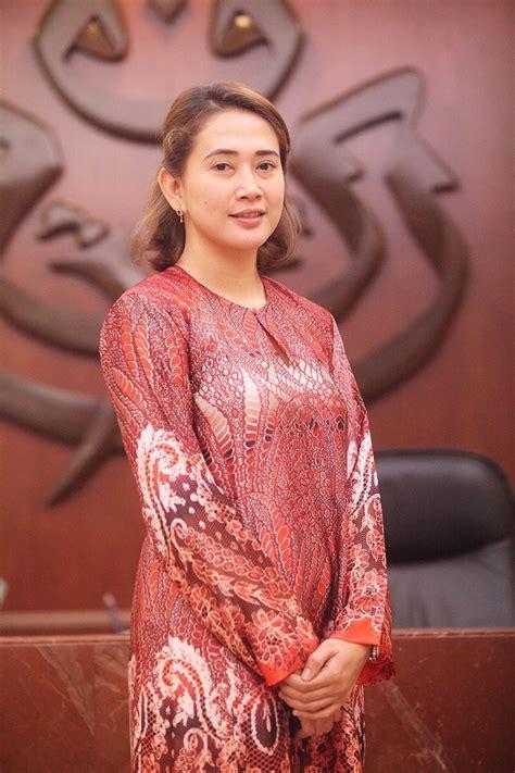 Puteri Lantik Wakil Artis Sebagai Exco   Pemuda Patut ...