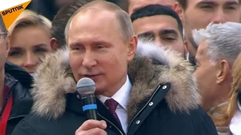 Putin Addresses Supporters in Moscow, Sings Russian ...