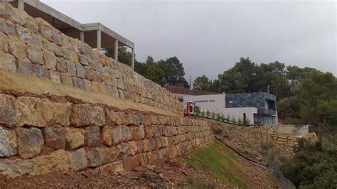 Quality Garden s : Muros de contención con piedra natural