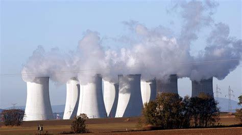 ¿Qué diferencias existen entre la energía renovable y la ...