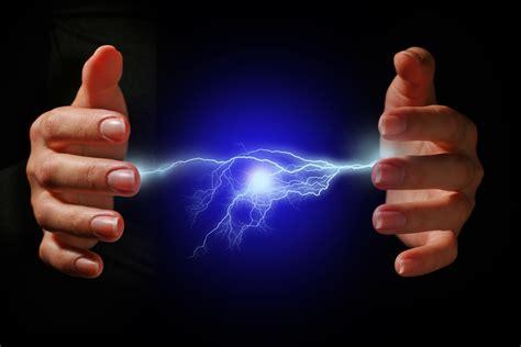 ¿Que es la electricidad estática y como quitarla? | Aura ...
