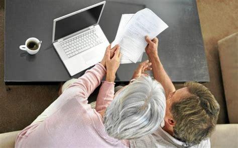 Qué ofrecen CaixaBank, BBVA y Santander en planes de pensiones