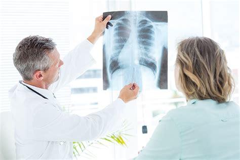¿Qué síntomas presenta el cáncer de pulmón? Tratamiento ...