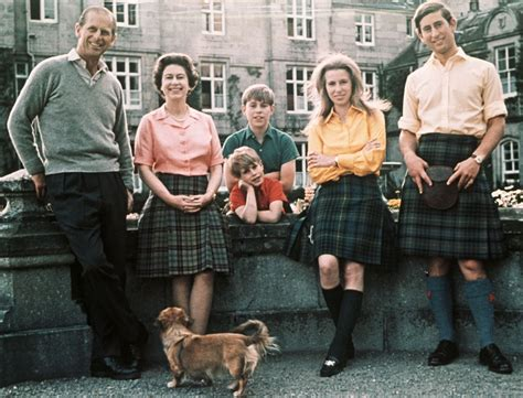 Queen Elizabeth II Children And Family | DK Find Out