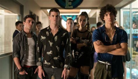 ¿Quién es el actor de  Glee  que apareció en la tercera ...