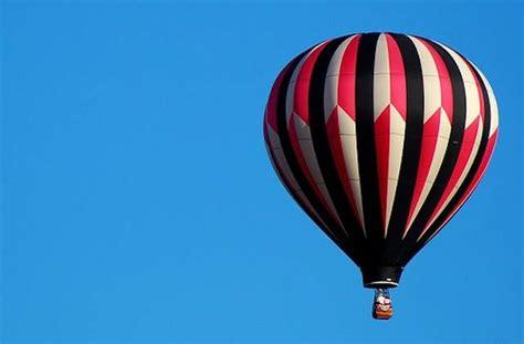 ¿Quién inventó el globo de aire caliente?