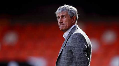Quique Setien : Barcelona gave away too many chances ...