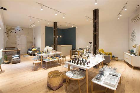 R de Room abre tienda de mobiliario y diseño nórdico en ...
