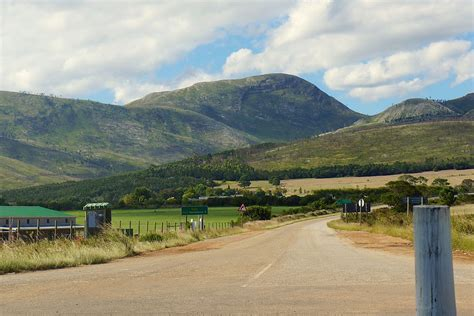 R402  South Africa    Wikipedia