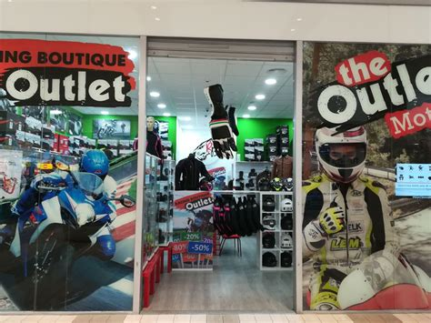 Racing Boutique Outet   Sambil Outlet Madrid