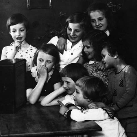 Radio gaga: Is podcast binge listening replacing TV? | The ...