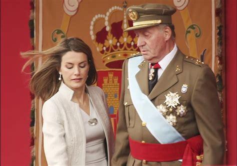 Rainha Letizia: Anos de ofensas e humilhações da família ...