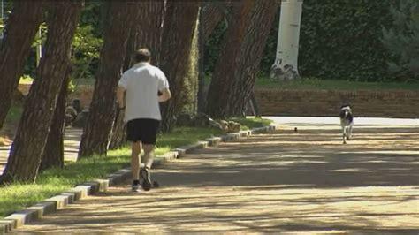 Rajoy  camina rápido  en la jornada de reflexión   YouTube