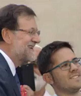 Rajoy, de  selfies  con los ciudadanos | Hoy