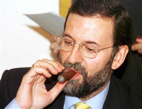 Rajoy deja de fumar puros   Foto 3 de 2 | España | EL MUNDO
