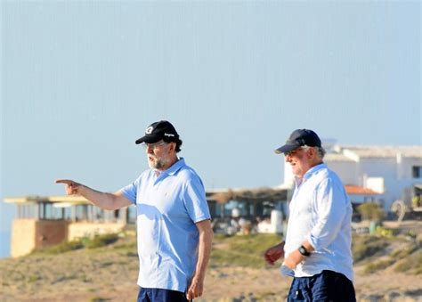 Rajoy, pillado mientras se salta el confinamiento