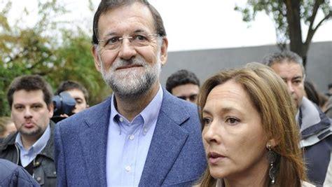 Rajoy, un padre orgulloso en la graduación de su hijo Mariano