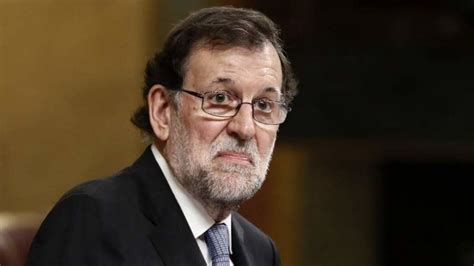 Rajoy y otros políticos  cazados  saltándose el confinamiento