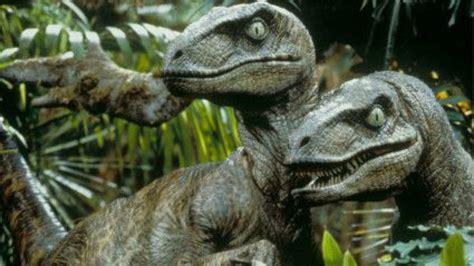Raptors Dinosaur Facts / Velociraptorfearsome Beast No ...