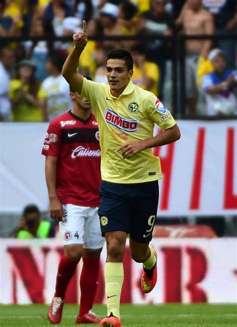 Raúl Jiménez, el soltero más cotizado del fútbol mexicano ...