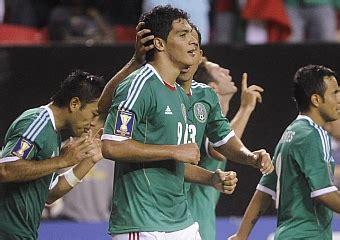 Raúl Jiménez rescata a México   MARCA.com
