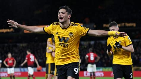 Raul Jimenez: Wolves announce club record signing of ...